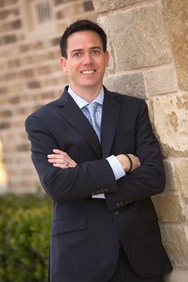 Dr Cody Bauer, Dentist in Mansfield TX